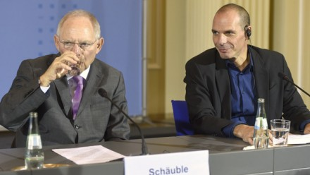 Varoufakis vs Schauble
